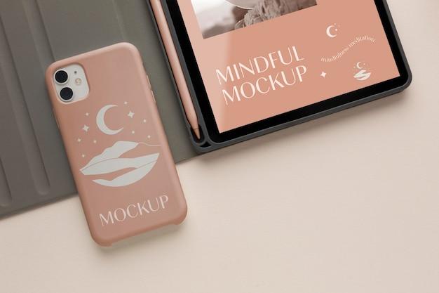 Disposizione di diversi dispositivi mock-up