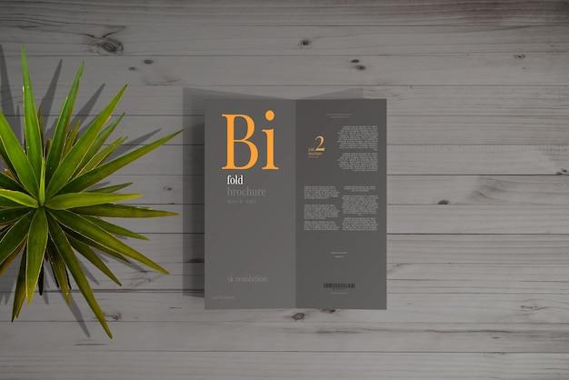 Mockup dell'opuscolo di formato dl bifold