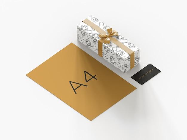 Mockup di branding cancelleria modificabile con vista ortografica confezione regalo