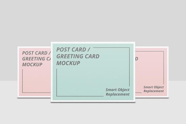 Design elegante di mockup di inviti o cartoline