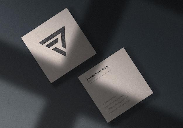 Elegante biglietto da visita quadrato mockup
