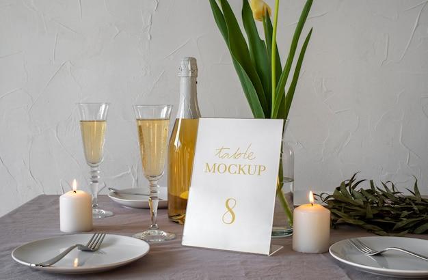 Elegante espositore da tavolo mock-up