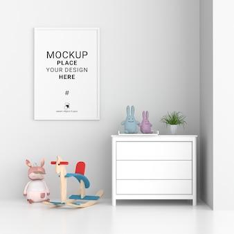 Cornice per foto vuota per mockup nella stanza dei bambini