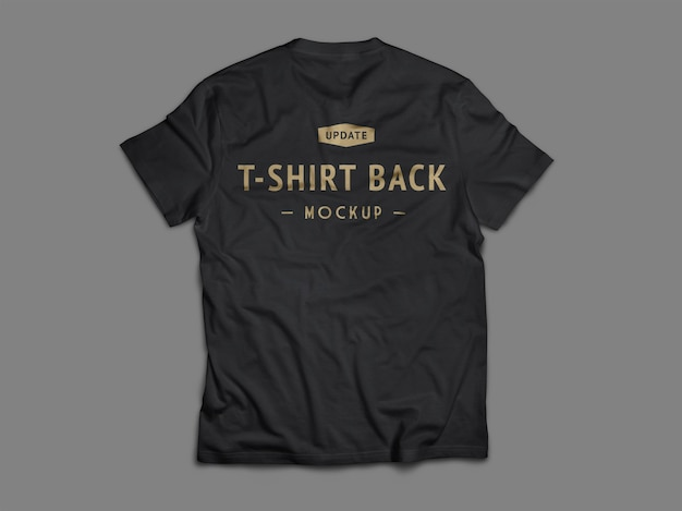 Disposizione piatta del mockup di t-shirt nera