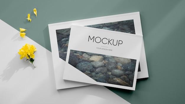 Mockup e piante di riviste piatte