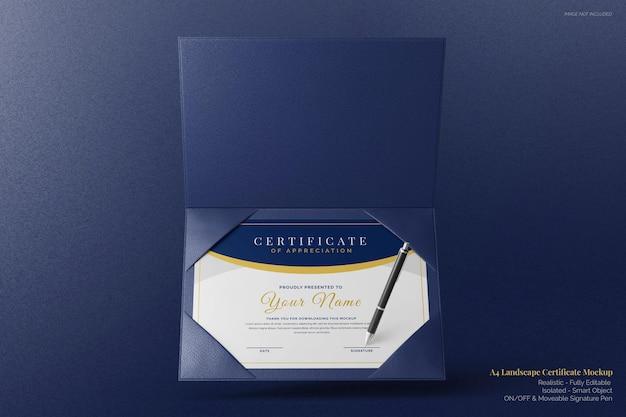 Mockup di certificato aziendale orizzontale a4 elegante galleggiante con vista frontale del supporto bifold in pelle