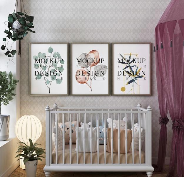 Mockup di cornice nella moderna camera da letto classica del bambino