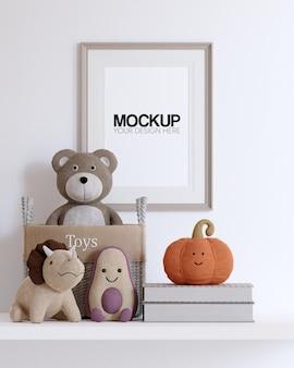 Mockup di cornice con decorazioni di giocattoli per bambini