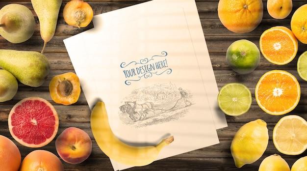 Tavolo vintage mockup di frutta e menu