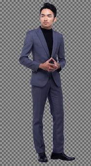 Figura intera a scatto, uomo d'affari asiatico in piedi in nero scuro completo pantaloni e scarpe, illuminazione da studio sfondo bianco isolato, modello maschile abbronzato posa molti atti in piedi sorriso forte