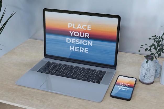 Mockup-design-smartphone-e-laptop-schermo intero