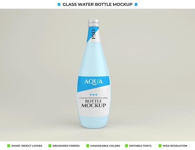 Design mockup di bottiglia di acqua minerale in vetro