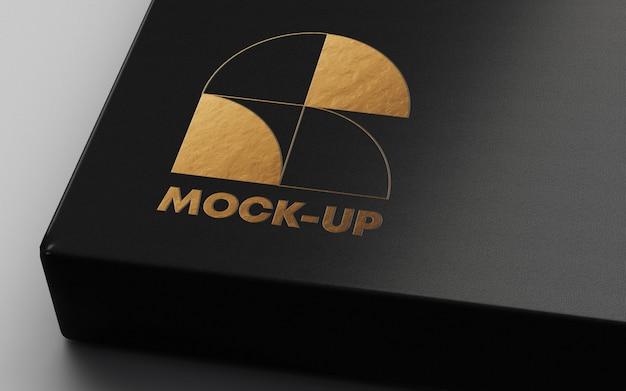 Mockup con logo in lamina d'oro
