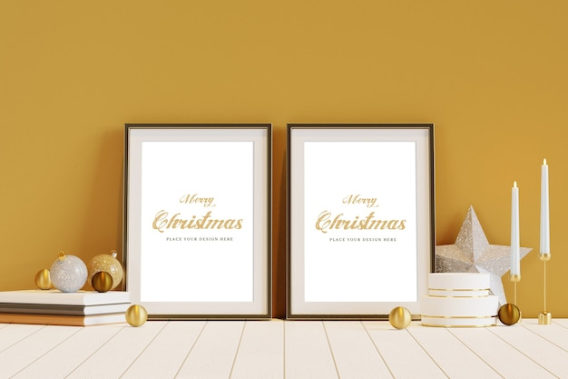 Cornice dorata con mockup di decorazioni natalizie