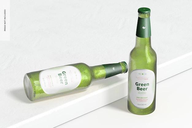 Mockup di bottiglie di birra verde, prospettiva