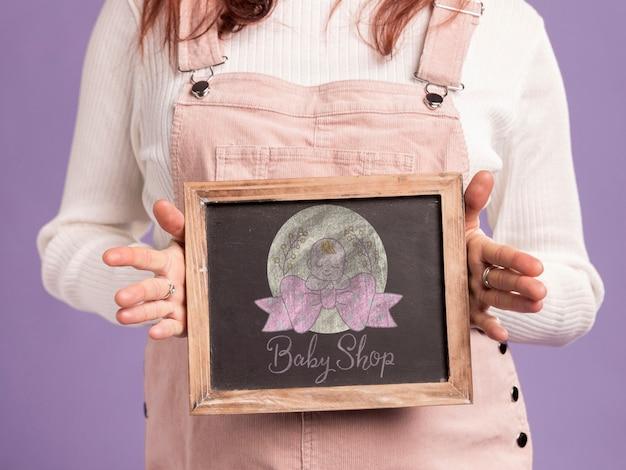 Felice concetto di madre incinta