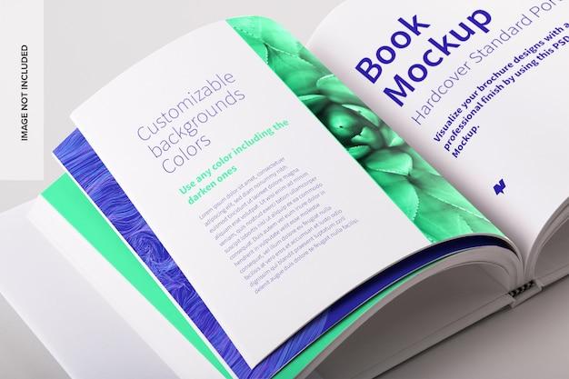 Mockup di libro quadrato piccolo con copertina rigida