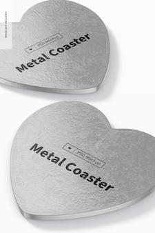 Mockup di sottobicchieri in metallo con cuore, primo piano