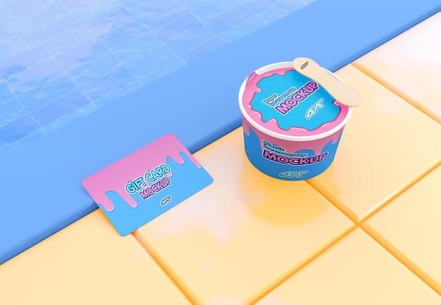 Coppa gelato con mockup di carte regalo