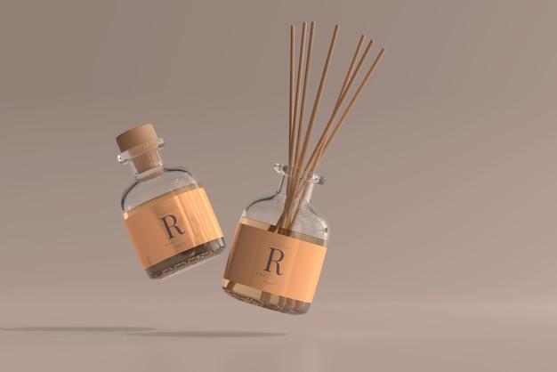 Mockup di bottiglia di vetro con diffusore a lamella per deodorante per ambienti di incenso