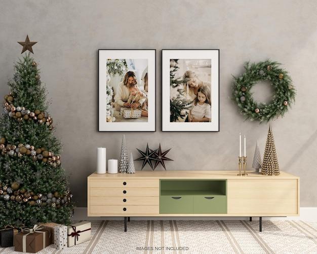 I poster per interni simulano l'albero di natale