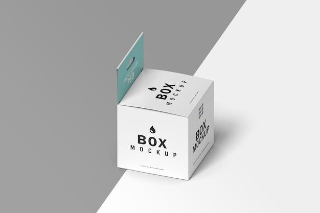 Mockup di imballaggio scatola isometrica