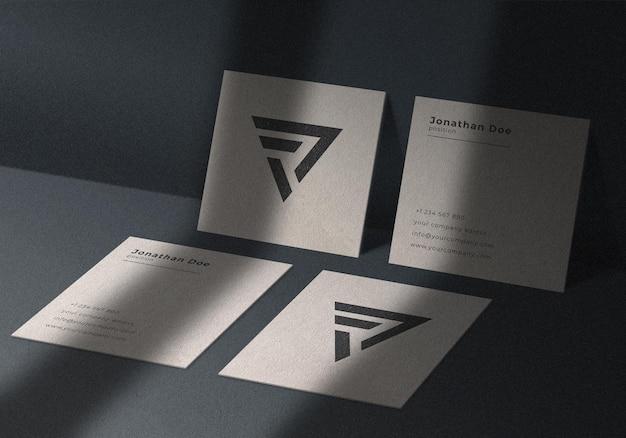 Isometrica quattro quadrati biglietto da visita mockup