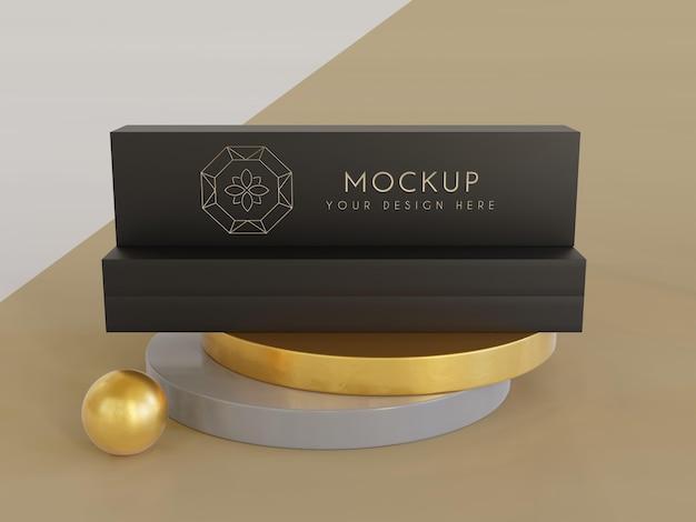 Esposizione di packaging di gioielli mock up