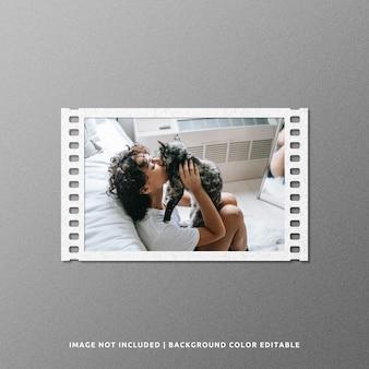 Design mockup di cornice di carta per film di paesaggio