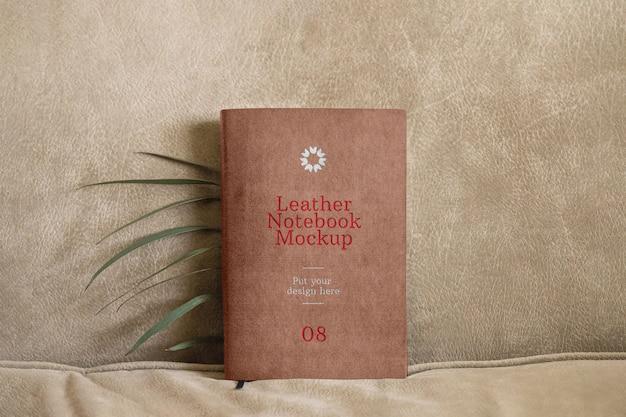 Notebook in pelle mockup