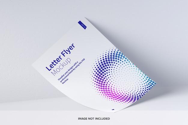 Letter flyer mockup Psd Premium