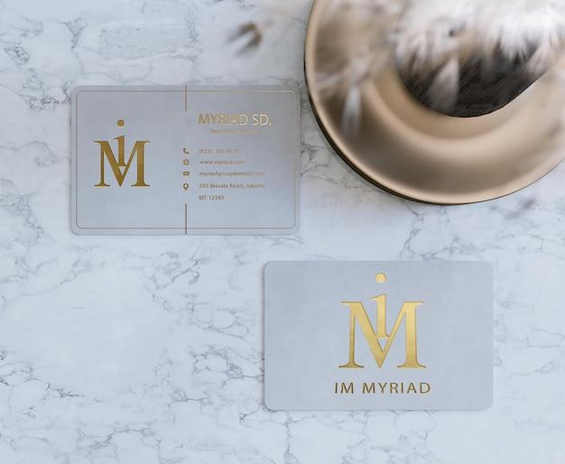 Modello di biglietto da visita minimalista tipografica