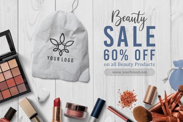 Mockup di logo sulla decorazione di cosmetici