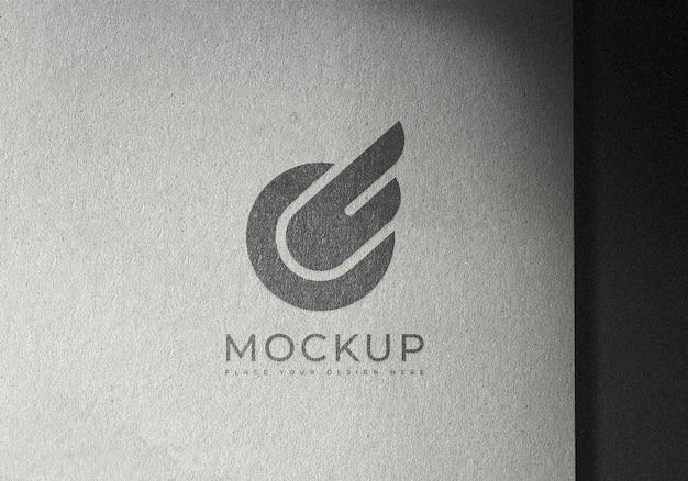 Modello di progettazione di mockup di logo su carta di superficie di struttura