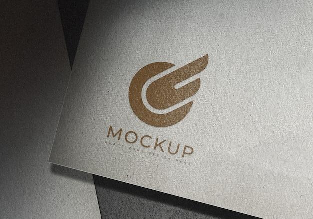 Modello di progettazione di mockup di logo sulla superficie della struttura