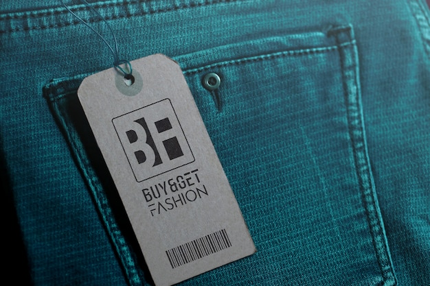 Jeans con logo mockup