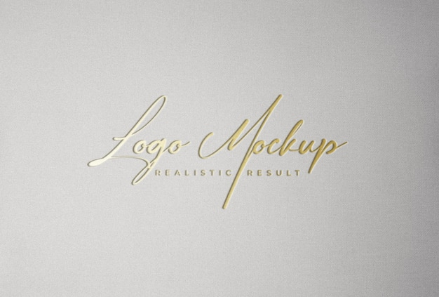 Logo mockup stampa tipografica con stampa su lamina logo dorato
