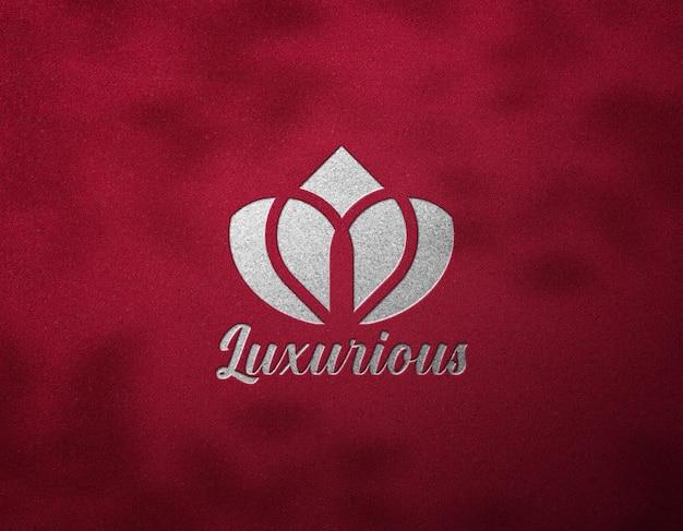 Logo mockup effetto argento di lusso