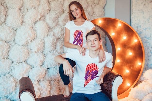 Mockup di t-shirt per amanti