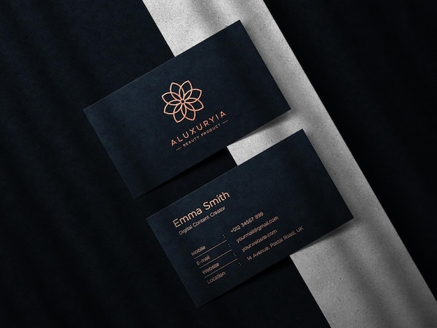 Biglietto da visita di lusso e logo del marchio mockup con sovrapposizione di ombre