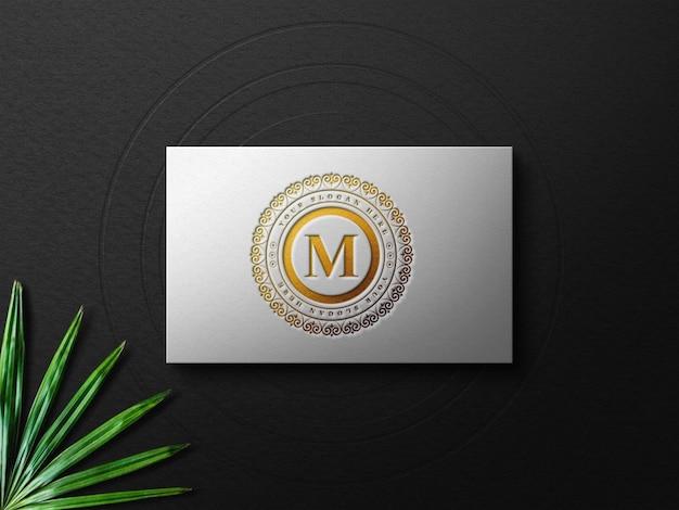 Mockup di biglietti da visita di lusso con effetto tipografico oro
