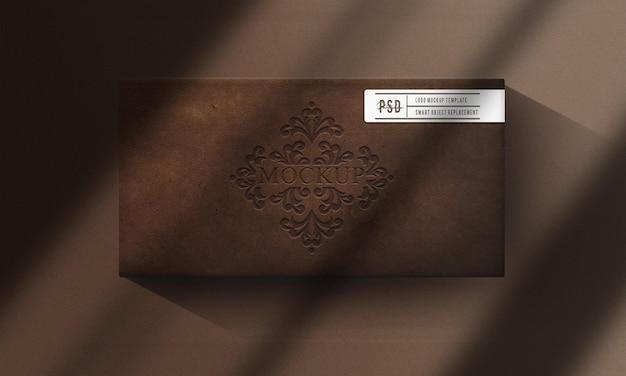 Mockup di scatola di cuoio da vicino di lusso
