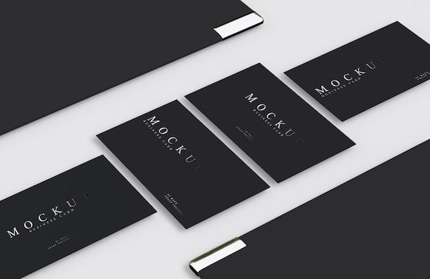Mockup di biglietti da visita di design di lusso in argento e nero