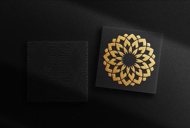 Scatole d'oro di lusso in rilievo mockup