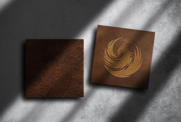 Mockup di scatole in rilievo in pelle di lusso