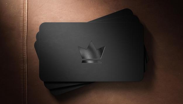 Stampa tipografica di lusso logo mockup su biglietto da visita nero