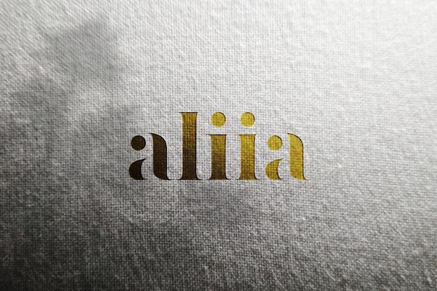 Mockup logo di lusso su carta bianca artigianale,