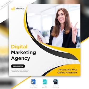 Post di social media marketing aziendale