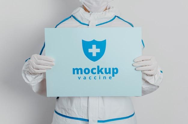 Abbigliamento medico e mock-up di carte