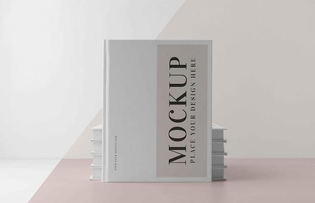 Composizione minima del libro mock-up